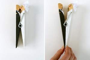 DIY-Clothespin-Couple-Topper
