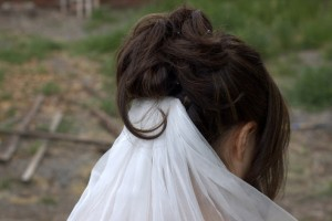 DIY-Hair-Comb-Veil