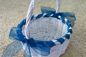 DIY-Ribbon-Wrapped-Basket