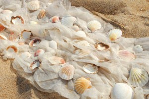Fabric-Seashell-Aisle-Garland