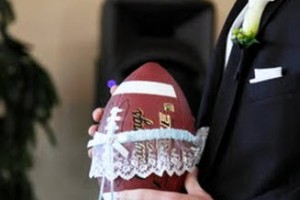 DIY-Football-Garter-Toss