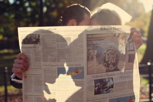 DIY-Newspaper-Silhouette-Pose