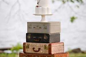 Suitcase-Tower-Cake-Display