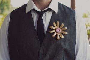 diy-button-flower-boutonniere