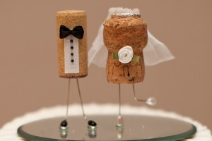 diy-cork-cake-toppers