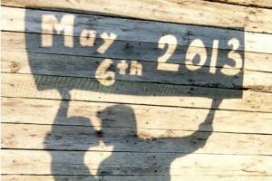 diy-shadow-cutout-date-pose
