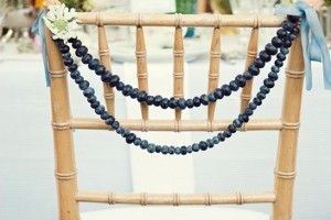diy-blueberry-chair-garland