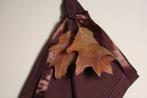 diy-fall-leaves-folded-napkin