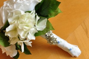 diy-handkerchief-bouquet-wrap
