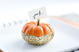 diy-pumpkin-place-card-holders