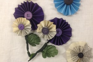 diy-round-pinwheel-boutonniere
