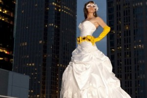 diy-superhero-bride-pose