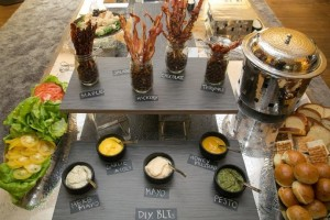 diy-BLT-bar