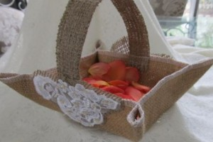 diy-burlap-square-basket