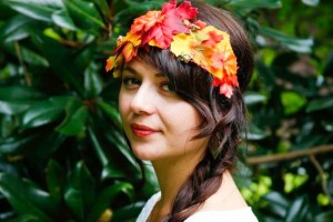diy-fall-leaf-crown