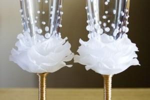 diy-flower-champagne-flutes