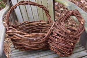 diy-grapevine-basket