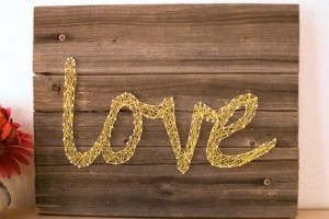diy-string-art-sign