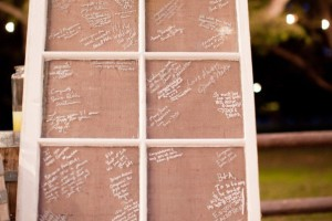 diy-window-frame-guestbook