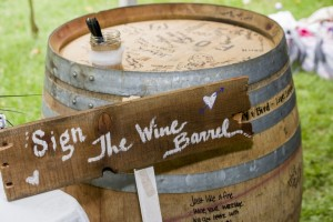diy-wine-barrel-guest-book