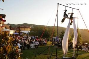 diy-acrobat-entertainment