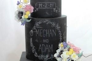 diy-chalkboard-cake