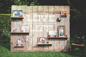 diy-photo-shelf-wall