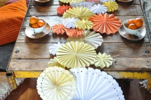 diy-pinwheel-table-runner