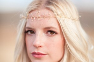 diy-beaded-wire-vine-crown