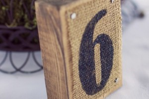 diy-burlap-block-table-numbers