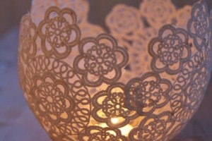 diy-doily-candle-holder