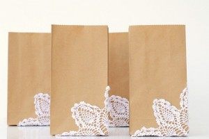 diy-doily-decorated-favor-bags
