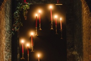 diy-floating-candlestick-backdrop