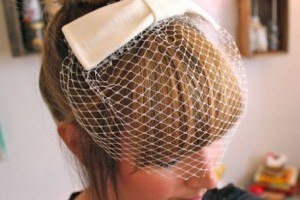 diy-hepburn-bow-birdcage-veil
