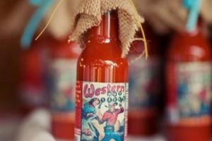 diy-hot-sauce-favors