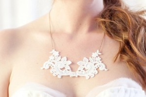 diy-lace-necklace