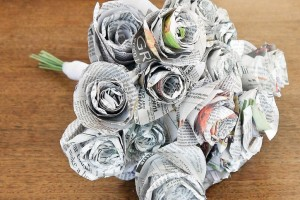 diy-newspaper-flower-bouquet