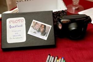 diy-polaroid-guestbook