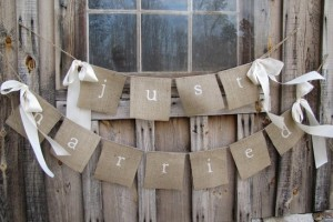 diy-square-flag-bunting-banner