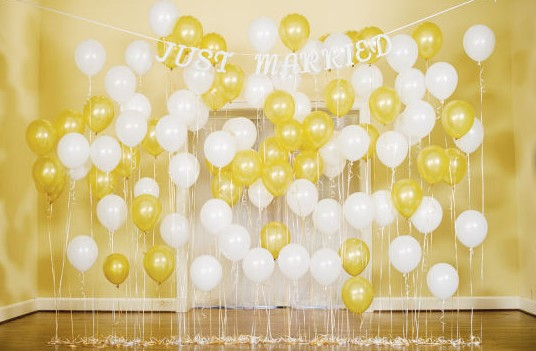 DIY Balloon Backdrop I Do DIYscom