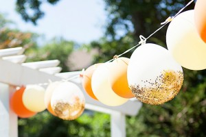 diy-balloon-garland