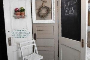 diy-door-photobooth-background