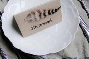diy-feather-place-cards