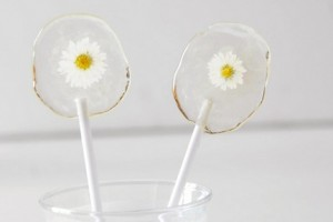 diy-flower-lollipop-favors