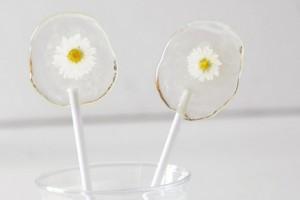 diy-flower-lollipop-favors