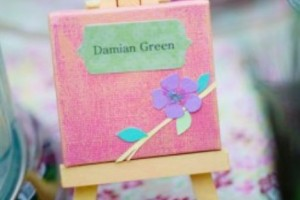 diy-mini-canvas-place-cards