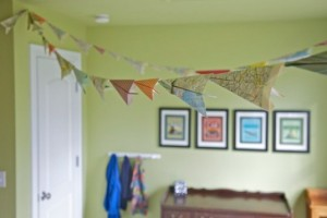 diy-paper-airplane-bunting-banner