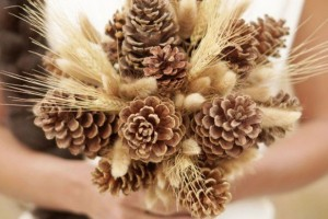 diy-pinecone-bouquet