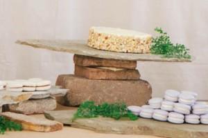 diy-stone-serving-platter