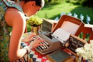 diy-typewriter-guestbook